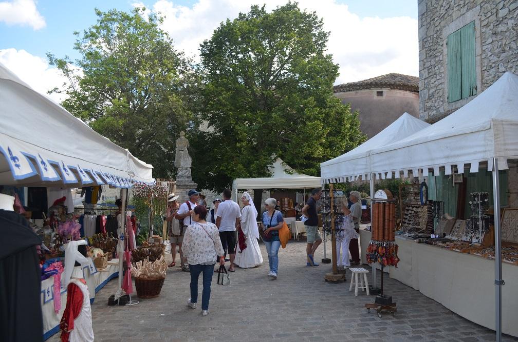 Une partie du marché médiéval